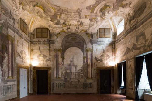 8. Palazzo Scali Ricasoli - Via delle Terme