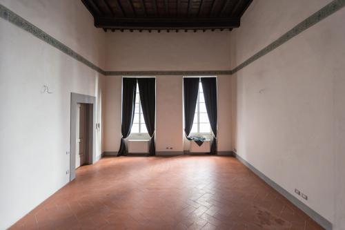 15. Palazzo Scali Ricasoli - Via delle Terme