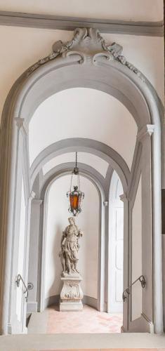 3. Palazzo Scali Ricasoli - Via delle Terme