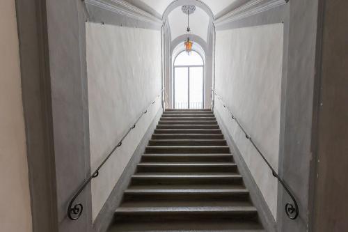2. Palazzo Scali Ricasoli - Via delle Terme
