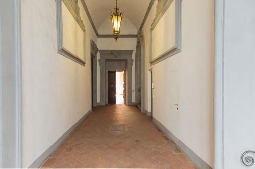 4. Palazzo Scali Ricasoli - Via delle Terme